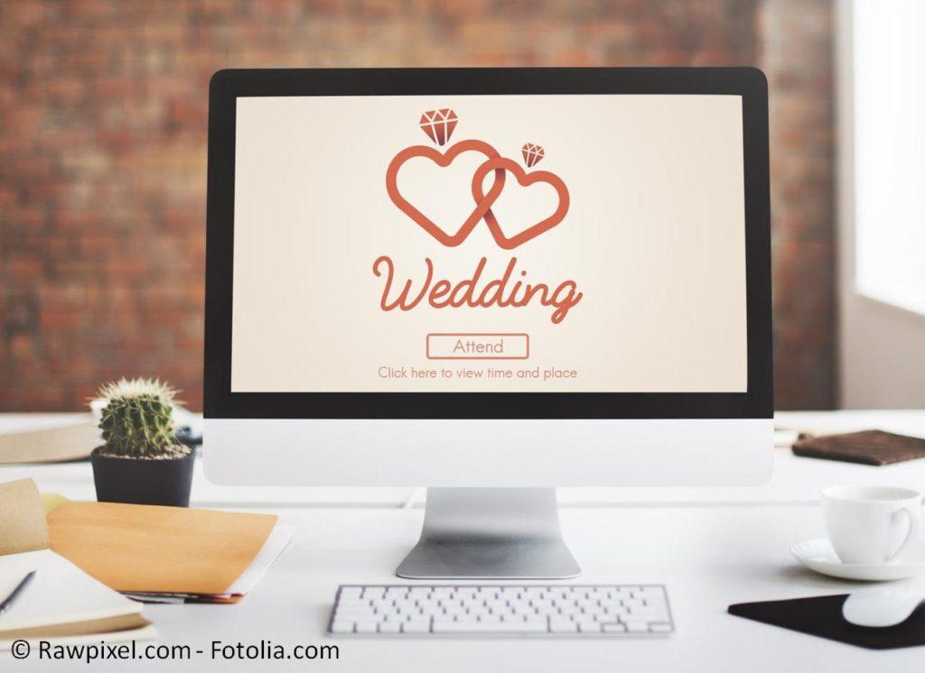 Online Shopping von A-Z zum Hochzeitsfest - #109655375   © Rawpixel.com - Fotolia.com